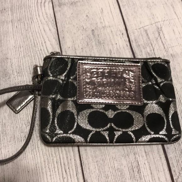 7f746989 Coach Poppy Black Silver Wallet